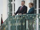 Merkel will tell Poroshenko about her talks with Putin and Macron. PHOTOS