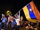 Thousands of people in Yerevan celebrate Armenian PM's resignation, all protesters detained earlier set free. VIDEO