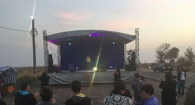 Concert in support of Crimea blockade took place at Chonhar checkpoint. PHOTOS