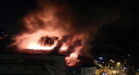 """Zhovten"" Cinema Burned Down in Kyiv. Emergencies Staff Say It`s an Arson. PHOTO+VIDEO"